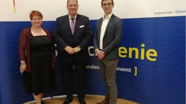 Veronika Worms, Personalratsvorsitzende BSprA, Dietmar Zimmer, Präsident BSprA, Dirk Hansen, ver.di NRW