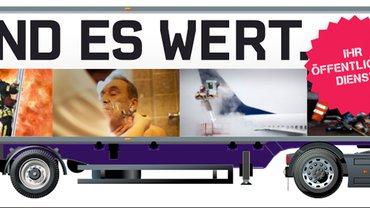"""Der Truck mit dem Logo """"Wir sind es wert!"""""""