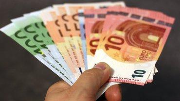 Ein Bündel Geldscheine